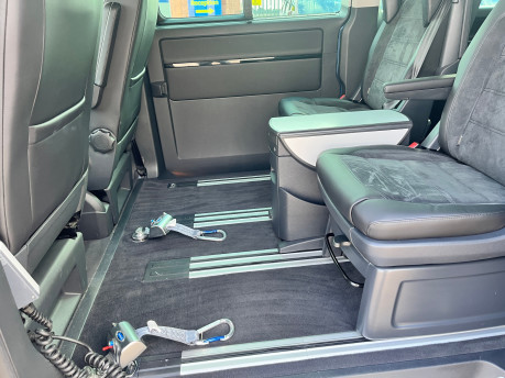 Volkswagen Caravelle EXECUTIVE TDI BMT wheelchair & scooter accessible vehicle WAV 13