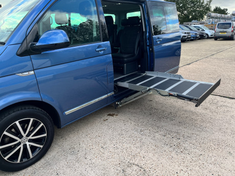 Volkswagen Caravelle EXECUTIVE TDI BMT wheelchair & scooter accessible vehicle WAV 12