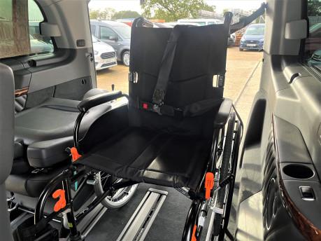Mercedes-Benz Viano AMBIENTE CDI BLUEEFFICENCY wheelchair & scooter accessible vehicle WAV 11