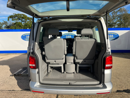 Volkswagen Caravelle SE TDI BLUEMOTION TECHNOLOGY wheelchair & scooter accessible vehicle WAV 5