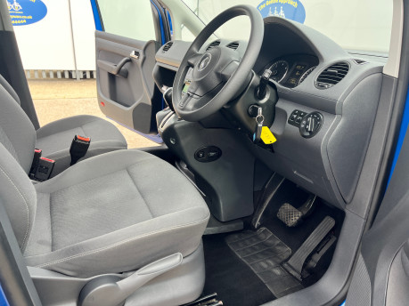 Volkswagen Caddy Life C20 LIFE TDI wheelchair & scooter accessible vehicle WAV 15