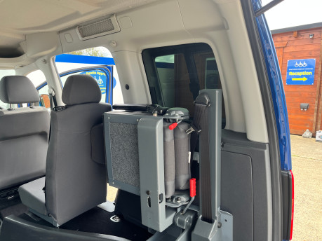 Volkswagen Caddy Life C20 LIFE TDI wheelchair & scooter accessible vehicle WAV 19