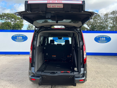 Ford Grand Tourneo Connect TITANIUM TDCI wheelchair & scooter accessible vehicle WAV 6