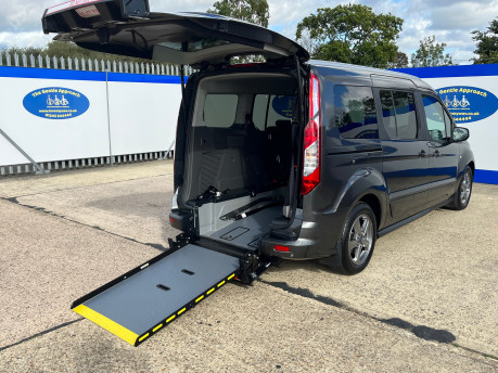 Ford Grand Tourneo Connect TITANIUM TDCI wheelchair & scooter accessible vehicle WAV 28