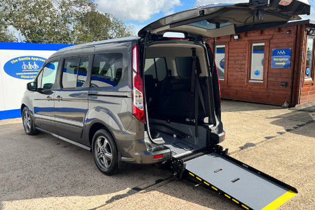 Ford Grand Tourneo Connect TITANIUM TDCI wheelchair & scooter accessible vehicle WAV