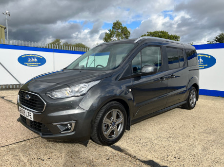 Ford Grand Tourneo Connect TITANIUM TDCI wheelchair & scooter accessible vehicle WAV 4