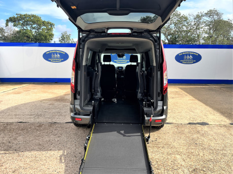 Ford Grand Tourneo Connect TITANIUM TDCI wheelchair & scooter accessible vehicle WAV 8
