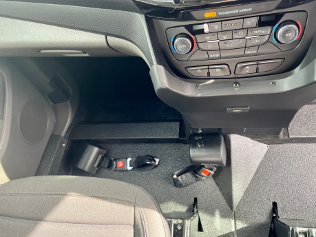 Ford Grand Tourneo Connect TITANIUM TDCI wheelchair & scooter accessible vehicle WAV 16