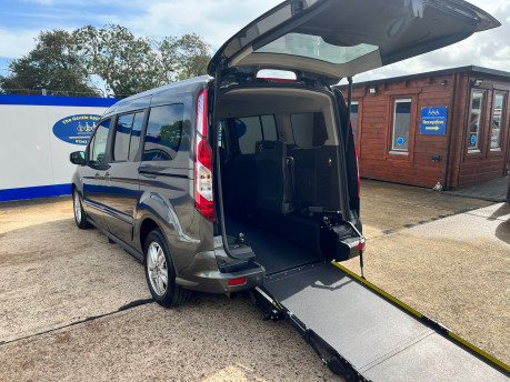 Ford Grand Tourneo Connect TITANIUM TDCI wheelchair & scooter accessible vehicle WAV 1