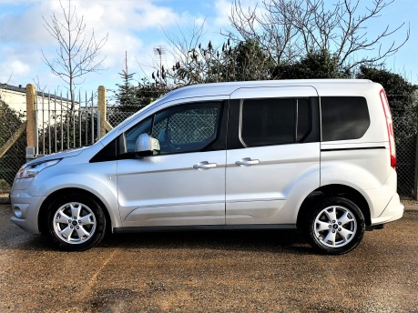 Ford Tourneo Connect TITANIUM 2