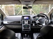 Chrysler Grand Voyager CRD LIMITED Wheelchair Accessible Vehicle WAV 5