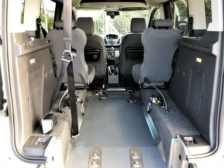 Ford Tourneo Connect TITANIUM 7