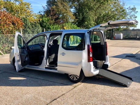 Peugeot Partner 2013 E-HDI TEPEE S Wheelchair Accessible Vehicle WAV