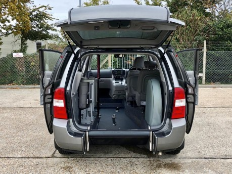 Kia Sedona 2011 3 CRDI Wheelchair Accessible Vehicle WAV 2