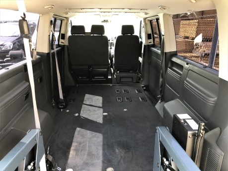 Volkswagen Transporter T30 TDI SHUTTLE SE Wheelchair Accessible Vehicle 7