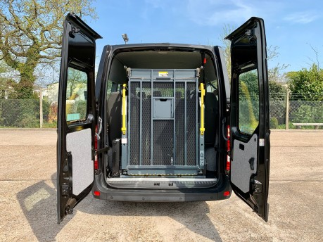 Renault Master 2017 LM35 BUSINESS DCI S/R P/V QUICKSHIFT Wheelchair Accessible Vehicle WAV 2