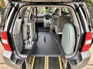 Kia Sedona 2011 3 CRDI Wheelchair Accessible Vehicle WAV 4