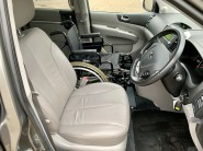 Kia Sedona 2011 3 CRDI Wheelchair Accessible Vehicle WAV 8
