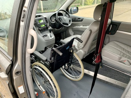 Kia Sedona 2011 3 CRDI Wheelchair Accessible Vehicle WAV 10