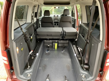 Volkswagen Caddy Maxi C20 LIFE TDI Wheelchair Accessible Vehicle 5
