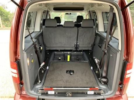 Volkswagen Caddy Maxi C20 LIFE TDI Wheelchair Accessible Vehicle 6