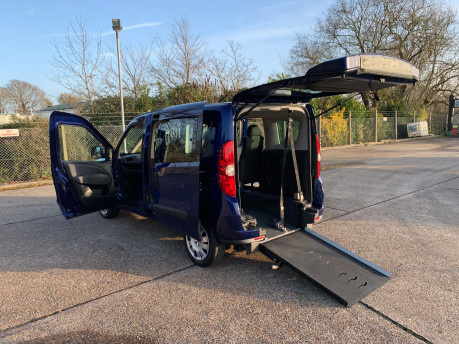 Fiat Doblo 2012 MULTIJET MYLIFE wheelchair & scooter accessible vehicle WAV 22