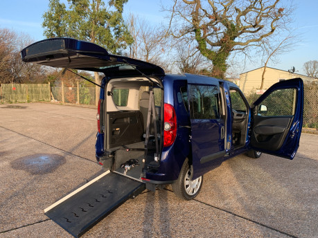 Fiat Doblo 2012 MULTIJET MYLIFE wheelchair & scooter accessible vehicle WAV 24