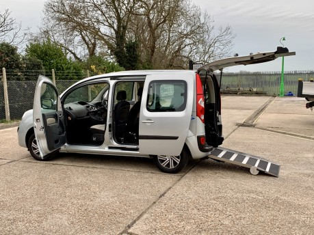 Renault Kangoo EXPRESSION 16V Wheelchair Accessible Vehicle WAV