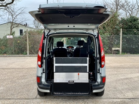 Renault Kangoo EXPRESSION 16V Wheelchair Accessible Vehicle 2