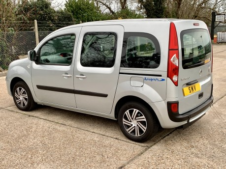 Renault Kangoo EXPRESSION 16V Wheelchair Accessible Vehicle 7