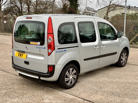Renault Kangoo EXPRESSION 16V Wheelchair Accessible Vehicle 9