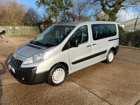 Peugeot Expert 2015 HDI TEPEE COMFORT L1 wheelchair accessible vehicle WAV 1