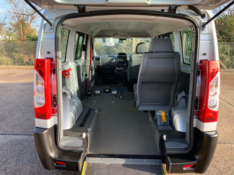 Peugeot Expert 2015 HDI TEPEE COMFORT L1 wheelchair accessible vehicle WAV 5