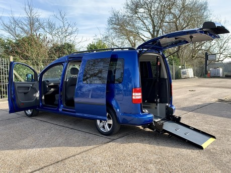 Volkswagen Caddy Maxi C20 LIFE TDI Wheelchair Accessible Vehicle WAV