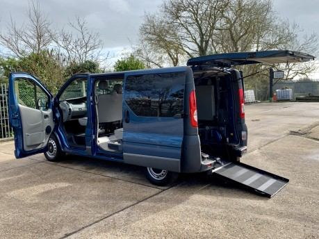 Vauxhall Vivaro 2013 COMBI CDTI SWB Wheelchair Accessible Vehicle WAV