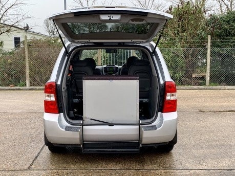 Kia Sedona 2 CRDI Wheelchair Accessible Vehicle 2