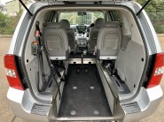 Kia Sedona 2 CRDI Wheelchair Accessible Vehicle 4