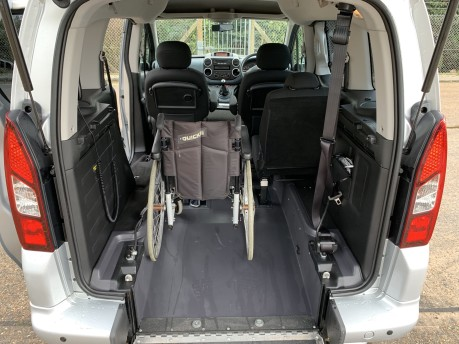 Peugeot Partner TEPEE S Wheelchair Accessible Vehicle WAV 5
