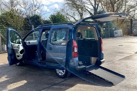 Citroen Berlingo Multispace 2012 MULTISPACE AIRDREAM XTR EGS E-HDI Wheelchair Accessible Vehicle WAV
