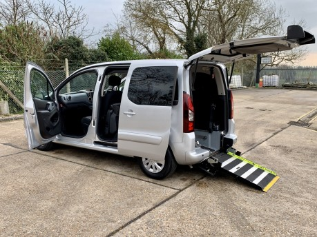Peugeot Partner 2013 HDI TEPEE S Wheelchair Accessible Vehicle WAV 1