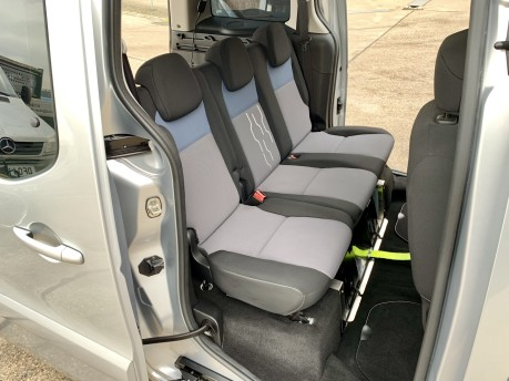 Peugeot Partner 2013 HDI TEPEE S Wheelchair Accessible Vehicle WAV 12