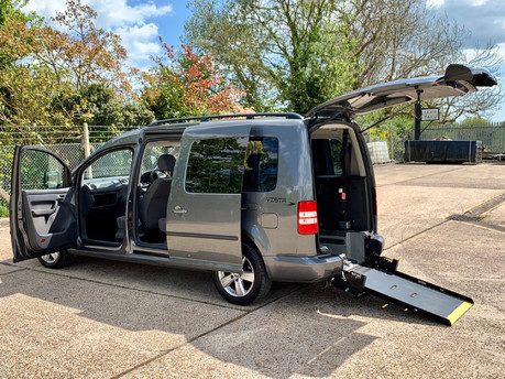 Volkswagen Caddy Maxi 2011 C20 LIFE TDI Wheelchair Accessible Vehicle WAV