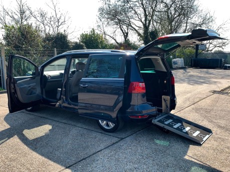 SEAT Alhambra 2014 CR TDI SE DSG Wheelchair Accessible Vehicle WAV