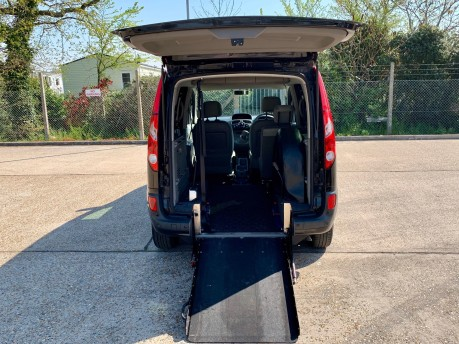 Renault Kangoo 2011 EXPRESSION 16V Wheelchair Accessible Vehicle WAV 3