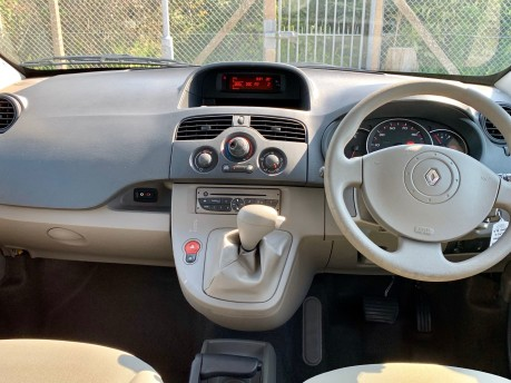 Renault Kangoo 2011 EXPRESSION 16V Wheelchair Accessible Vehicle WAV 6