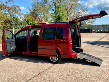 Volkswagen Caddy Maxi 2016 C20 LIFE TDI Wheelchair Accessible Vehicle WAV 1