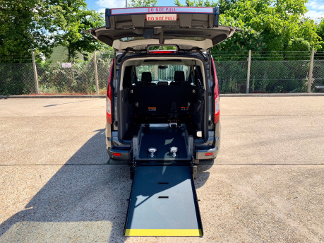 Ford Grand Tourneo Connect LWB Titanium Wheelchair Accessible Vehicle WAV 3
