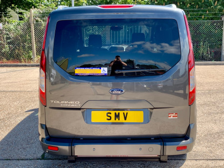 Ford Grand Tourneo Connect LWB Titanium Wheelchair Accessible Vehicle WAV 11