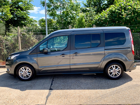 Ford Grand Tourneo Connect LWB Titanium Wheelchair Accessible Vehicle WAV 13
