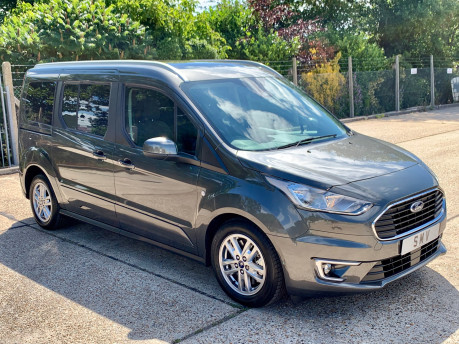 Ford Grand Tourneo Connect LWB Titanium Wheelchair Accessible Vehicle WAV 14